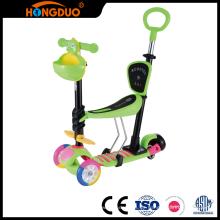 Ein kreatives Design leuchtet Mini Kinder Roller 3 Rad