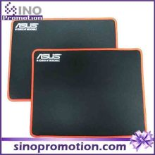 Mini Gaming Mousepad mit orange Rand (schwarz)