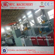 Machine à carton en mousse de wpc (machine à carton en mousse composite en bois et en plastique pvc)