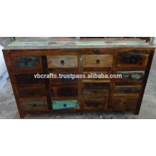 Armário de gavetas de madeira reciclado
