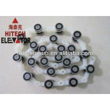 Escalator chain step roller