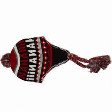 Knitted hat for women, made of acrylic material, with jacquard logo
