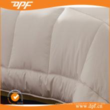 Embroidery Silk Duvet Quilt Goose Down Comforter (DPFMIC26)