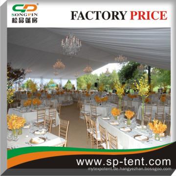 Bankettsaal Zelte für 400 Sitzplätze an rechteckigen Tische