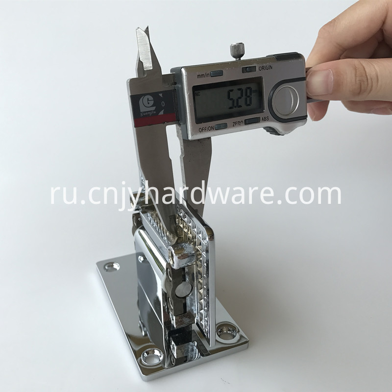 Adjustable Glass Hinge