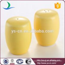 Venta caliente personalizada de cerámica de sal y pimienta Shakers