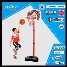 As crianças da alta qualidade jogam acessórios ajustados do basketball