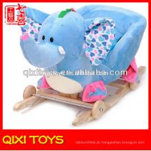 Cadeira de balanço personalizada do elefante do luxuoso do presente bonito do logotipo com rodas