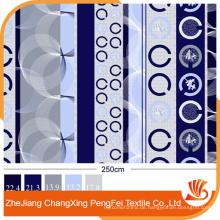 90gsm Gedruckt 100% Polyester 288F Gebürstetes Gewebe / Pfirsich Hautgewebe