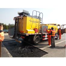 Pothole patcher asphalt pothole repair truck