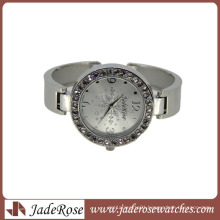 Beautiful Snow on Dial Fashion Bracelet Watch for Ladies