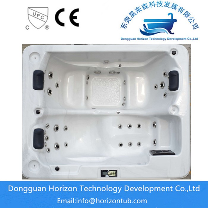 3 persons hydrotherapy  hot tub