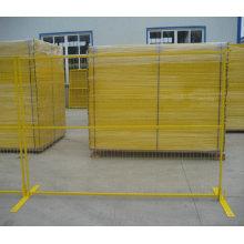 Valla temporal recubierta de PVC con orificio de malla 75X100mm y color amarillo para Canadá