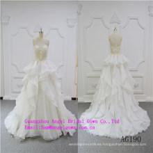 Vestido de novia de diseño brillante y único