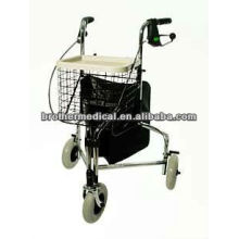 Three wheel rollator