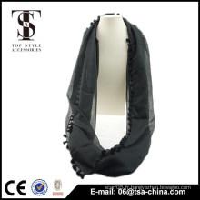 2015 mode femme pom pom polyester noir écharpe à l'infini