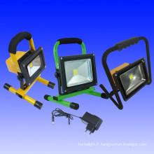 Projecteurs portatifs de 20W LED avec la batterie rechargeable intégrée