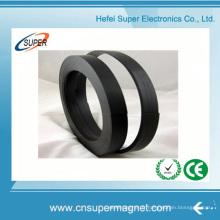 Aimant en caoutchouc de bande d'aimant flexible d'approvisionnement d'usine avec l'adhésif de 3m