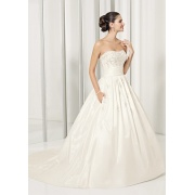 Bola vestido querida Catedral, trem tafetá Bowknot Sashes Beading vestido de casamento