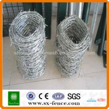 Alibaba La venta caliente galvanizó el alambre torcido de la cerca / el alambre de púas del acero inoxidable / el alambre de púas de la maquinilla de afeitar