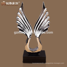 2016 new design high-end polyresin figure for sports souvenir