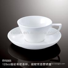 Tasse et soucoupe en porcelaine blanche spéciale spéciale et saine