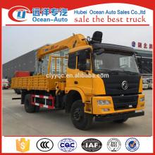 Dongfeng 4x4 camión grúa montada con la grúa de XCMG 5ton para la venta