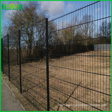 Hot selling useful life pvc coated security garden privacy fence from Anping factory