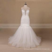 Perles de style décent Mermaid Mentir autour de la robe de mariée en dentelle coeur