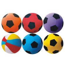30 см красочные мягкие игрушки дети играют в мяч (10257077)