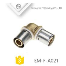 EM-F-A021 Doppelkompressionsanschluss Messing-Rohrverschraubung