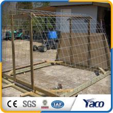 Venta caliente galvanizado panel de malla de alambre soldado, casa de pollo