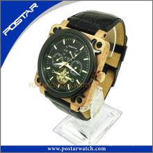 Relógio personalizado para homens com pulseira de couro genuíno