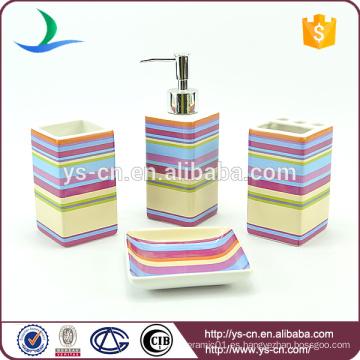 Los accesorios industriales de cerámica del tocador de las rayas coloridas cuadradas 4pcs fijaron