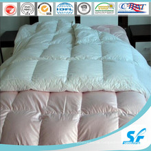 Warme Bettdecke mit Gänsedaunen und Federn (SFM-15-142)
