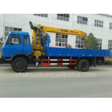 Low Price Dongfeng 6 tons truck with crane in Peru
