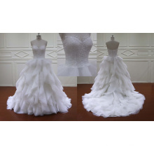 Vestido de novia nupcial de organza con volantes verticales