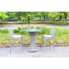 Garten Barhocker und Tisch im Freien