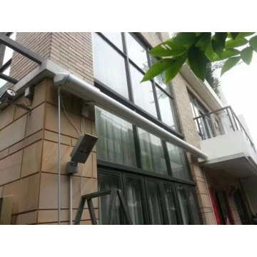 Automatic full cassette retractable awnings for garden