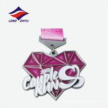 Antique logo en argent avec une belle estampe sur la médaille