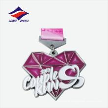 Logotipo de lâmina personalizada de prata antigo gravado na medalha