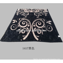 Nuevo diseño negro poliester flor impresa Raschel visón mantas
