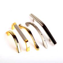 Placage pour poignées de tiroirs avec fonte de zinc