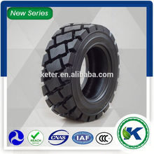 Alibaba Chine Conception 26 * 12d380 Bobcat Skid Steer Tire pneu pas cher
