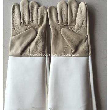 Graue große feuerfeste Leder-Schweißhandschuhe