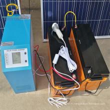 Énergie solaire imperméable à l'énergie verte à la maison avec la charge de téléphone