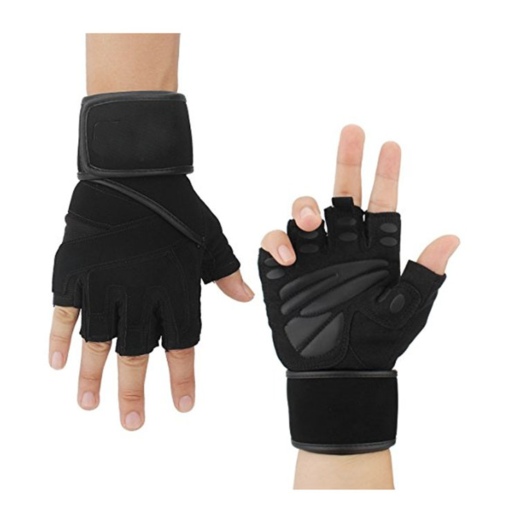 Black fitness gloves