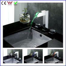 China High Quality Double Handle Brass LED Basin Tap (FD15110F)