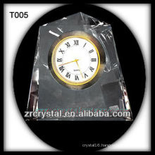 Wonderful K9 Crystal Clock T005