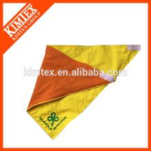 El algodón barato de la manera imprimió el bandana del paño grueso y suave del triángulo